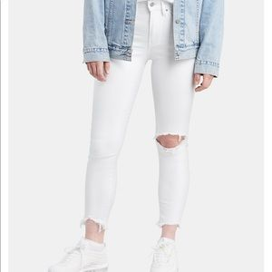 721 high rise skinny ankle white Levi's jeans